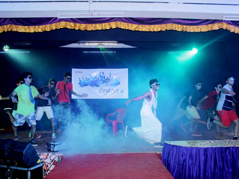 college-day-celebration-dance-programme-1-vismayam-interior-designing-and-multimedia-college