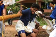 onam-celebration-vadam-vali-vismayam-college