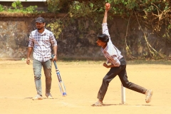 sports-day-cricket-balling-vismayam-college