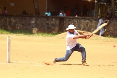 sports-day-cricket-batting-vismayam-college